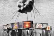 Un caso di reificazione contemporanea: i mass media limitano la libertà umana.