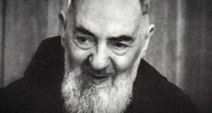 "Cronaca vera | Padre Pio mi disse...""don Peppino racconta..."""